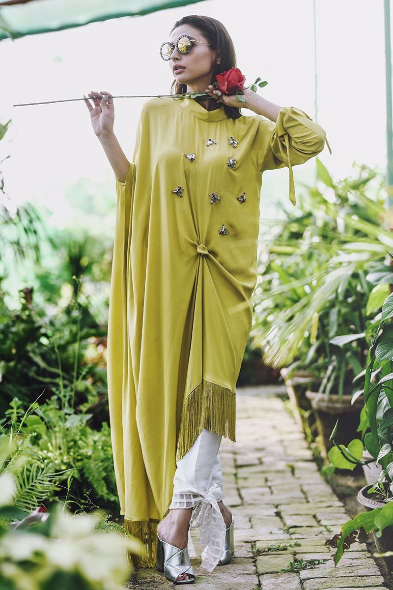 Picture of Knotted asymmetrical kaftan